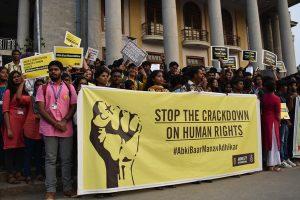 Mars voor het respecteren van de mensenrechten in Bangalore, India